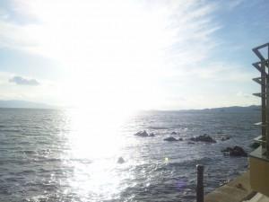 温泉から見る海(外で撮影)